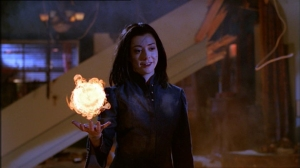 Evil Willow - Smiling - With a red Fireball in her Hands